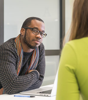 Student in conversation