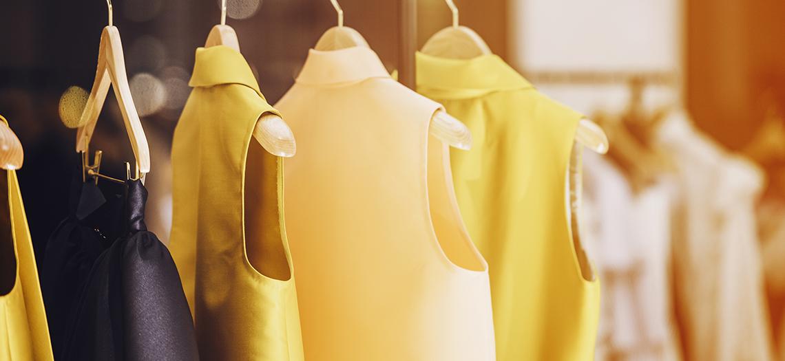 Clothes rail