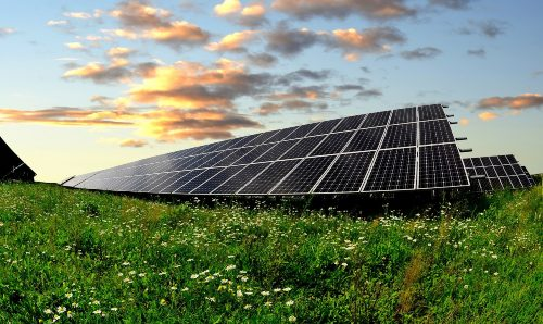 Key flaw in solar panels solved - solar farm